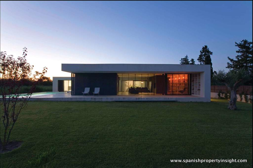 Designer and self-built villa in Catalonia
