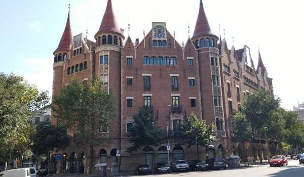 barcelona property price bubble