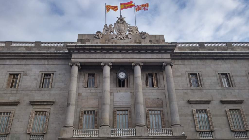 Barcelona City Hall (Ayuntamiento)