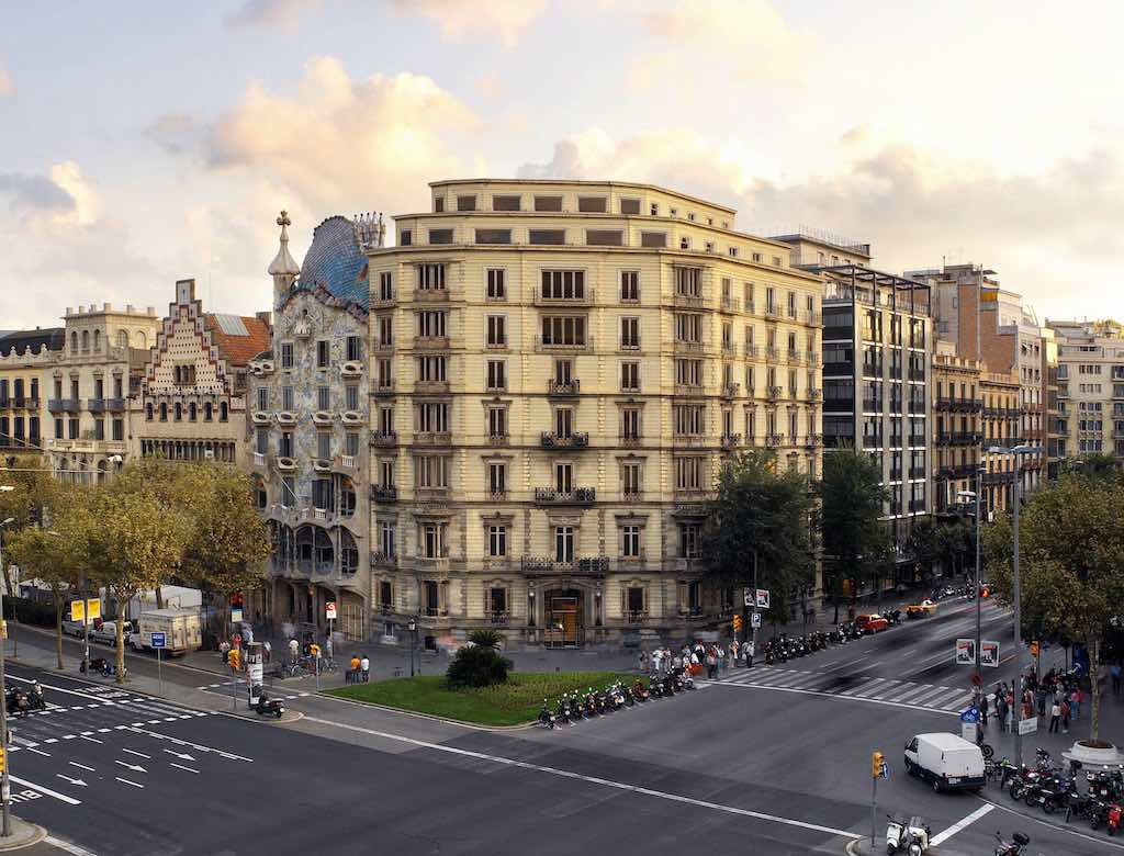 Barcelona Paseo de Gracia with Aragon homes for sale