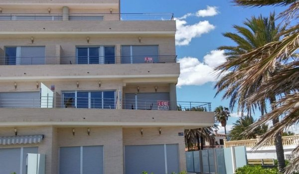 Holiday-homes for sale on the Spanish coast