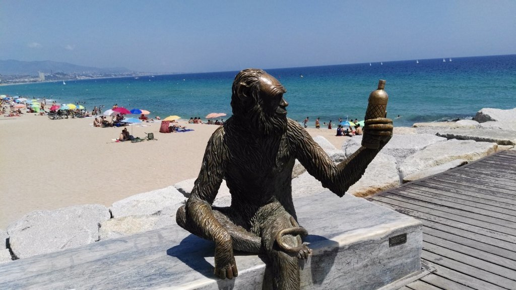 Sculpture of the Anis del Mono monkey in Badalona