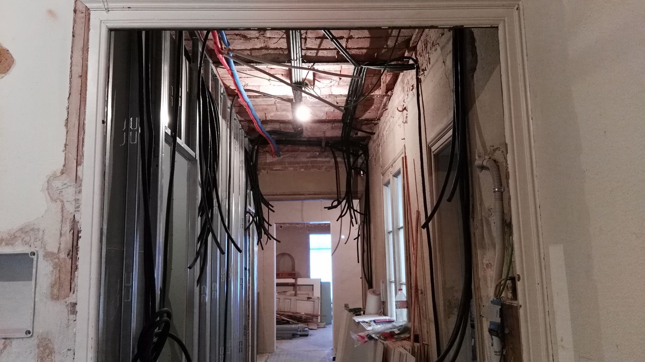 renovating a property in barcelona spain electrical wiring