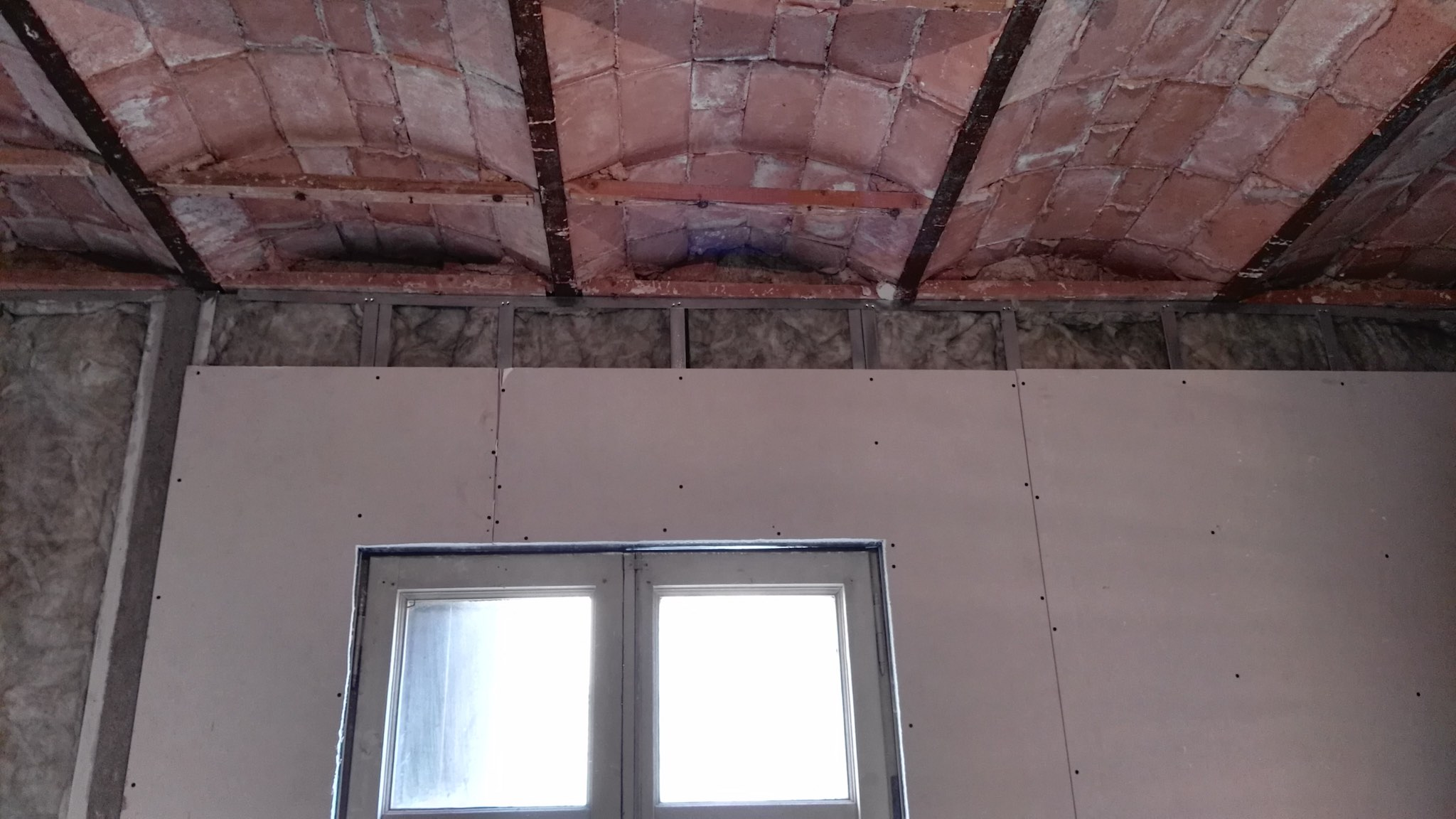 Thermal and acoustic insulation in Spain