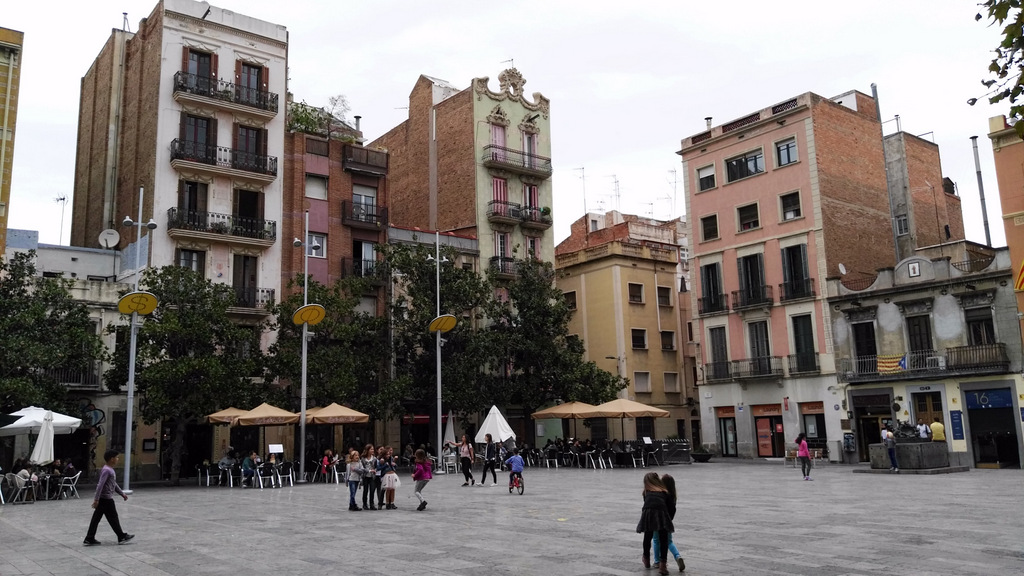 barcelona paredes medianeras lateral exterior walls