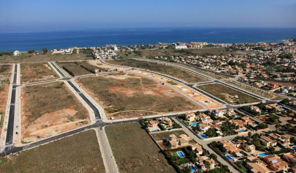 Spanish building land zoned and urbanised.