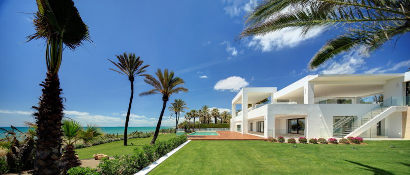 West Marbella / New Golden Mile villa for sale with Diana Morales Properties