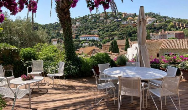 costa brava begur holiday rental market price